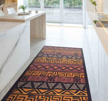Elegante y contemporánea, esta alfombra vinilo étnica africana en colores naranja, rojo y estampado africano dará calidez a tu interior.