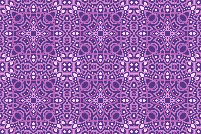 TenVinilo. Alfombra vinilo mandala hidráulica lila. Alfombra vinilo mandala morado. Presenta azulejos violeta ornametal en forma rectangular. Hecho de materiales de alta calidad ¡Envío exprés!