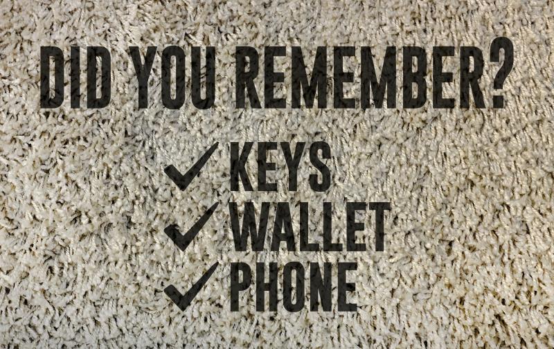 """TenVinilo. Alfombra vinílica recibidor recordatorio objetos. Alfombra vinílica recibidor de bienvenida perfecta y elegante con la frase """"¿recordaste? llaves, monedero y llanes"""" ¡Elige tus medidas!"""