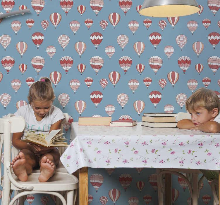 TenVinilo. Papel pared infantil rosa globos aerostáticos. Decora las habitaciones de tus hijos con esos impresionantes papel pintado para niños de globos arostáticos ¡Se sorprenderán con cada detalle!
