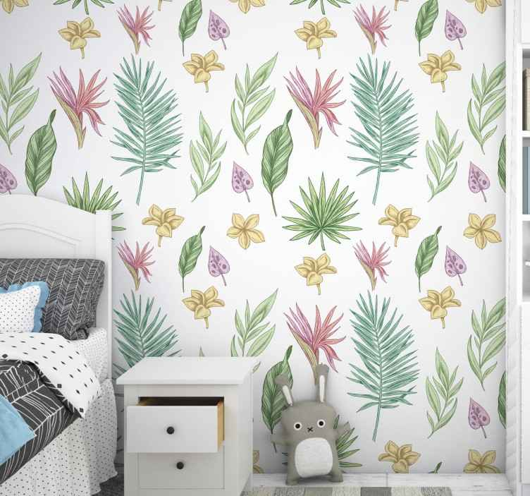 TenStickers. Papel de parede flores Flores e palmeiras. Dê à sua casa uma atmosfera fresca com este papel de parede floral incrível com um padrão de flores desenhadas à mão e folhas tropicais.