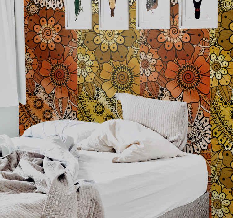 TenStickers. Papier peint fleuri Style indien paisley. Un papier peint fleuri pour apporter une touche indienne à votre intérieur. Il est facile à appliquer et la taille est personnalisable.