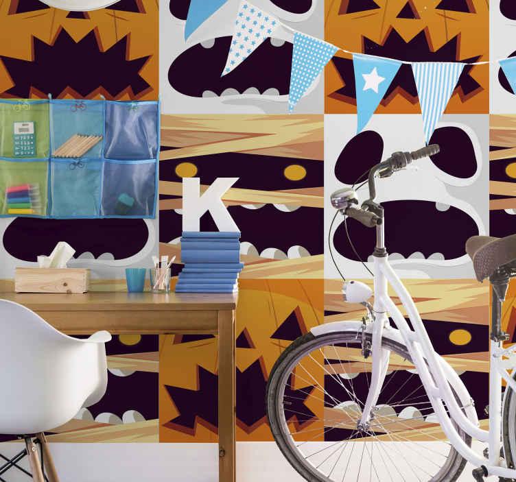 TenStickers. Süs hayaletler kabak ve mumyalar beyaz desen duvar kağıdı. Ev dekorasyonu için kabak ve hayalet cadılar bayramı duvar kağıdının güzel tasarımı. Orijinal, dayanıklı ve uygulaması gerçekten çok kolay.