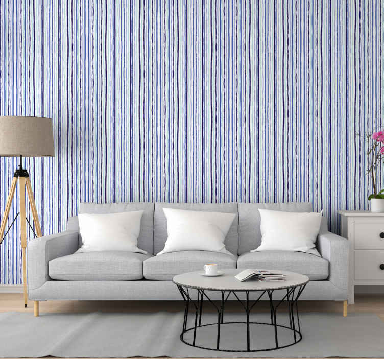 TenStickers. Carta da parati a righe verticali. Design di carta da parati a strisce verticali che trasformerà il tuo spazio in un modo unico con i suoi motivi a linee blu. Prodotto originale e di facile applicazione.