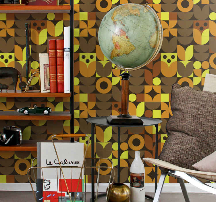 TenVinilo. Papel pared vintage patrón de búhos. Dale la sensación y el toque vintage a tu espacio con este papel pared vintage abstracto de los años 70 ¡Es de fácil aplicación!