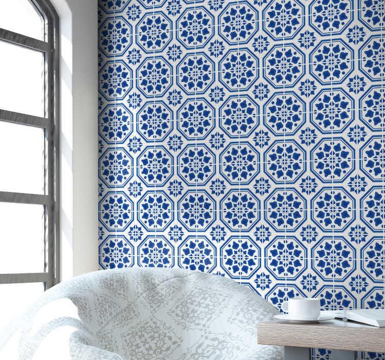 TenVinilo. Papel pintado ornamental azulejos hidráulicos azules. Un patrón bonito y clásico en papel pintado de azulejos hidráulicos azules para las paredes de tu hogar.  Empieza una nueva decoración, compra tu papel