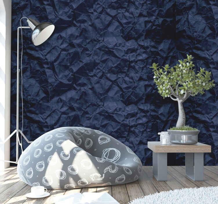 TenStickers. Abstract ontwerp behang blauw kreukelend papier print. Interessante abstract behang blauw patroon. Uniek ontwerpen van 3d kreukelend papier behangpapier en nog veel meer 3d abstract behangpapier ontwerpen.
