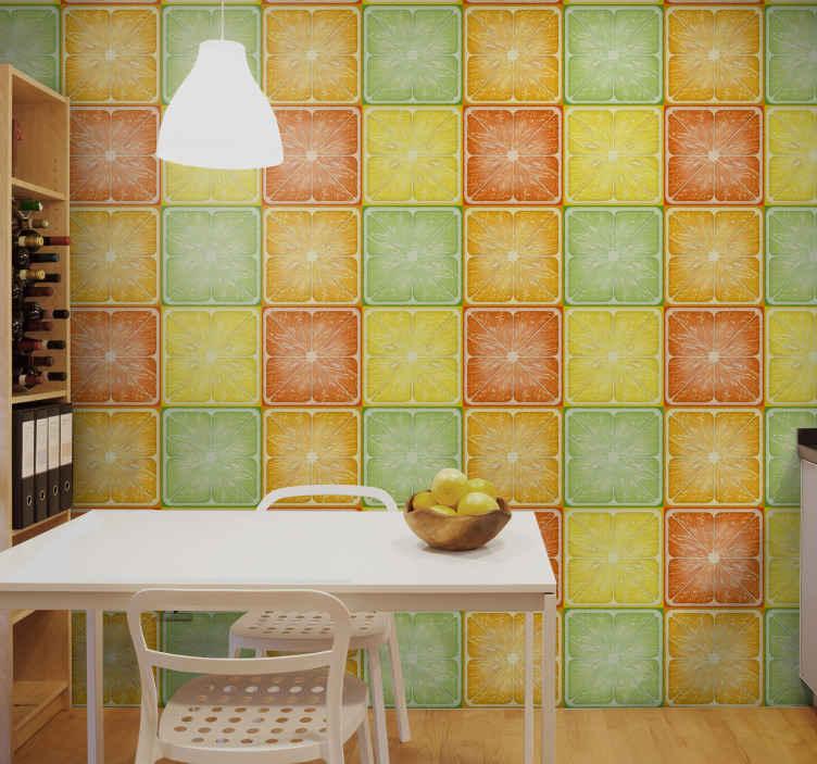 TenStickers. Carta da parati cucina Quadrati di agrumi. Carta da parati per cucina che presenta un fantastico motivo di quadrati con immagini di frutta tagliata a metà. Disponibile per l'ordine ora!