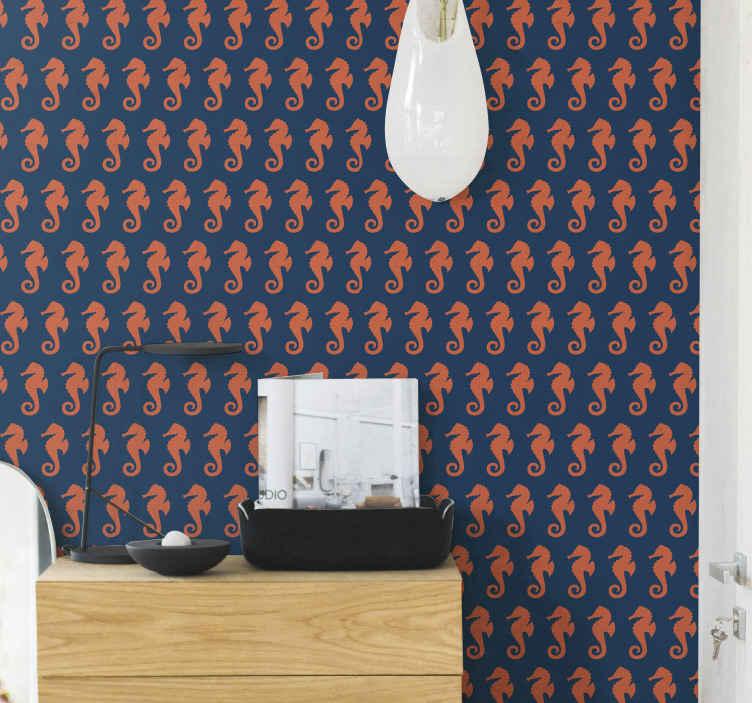 TenStickers. Carta da parati con animali Modello di cavallo di mare arancione. Carta da parati vita marina con l'illustrazione di molti cavallucci marini arancioni su uno sfondo blu che ricorda la profondità dell'oceano.