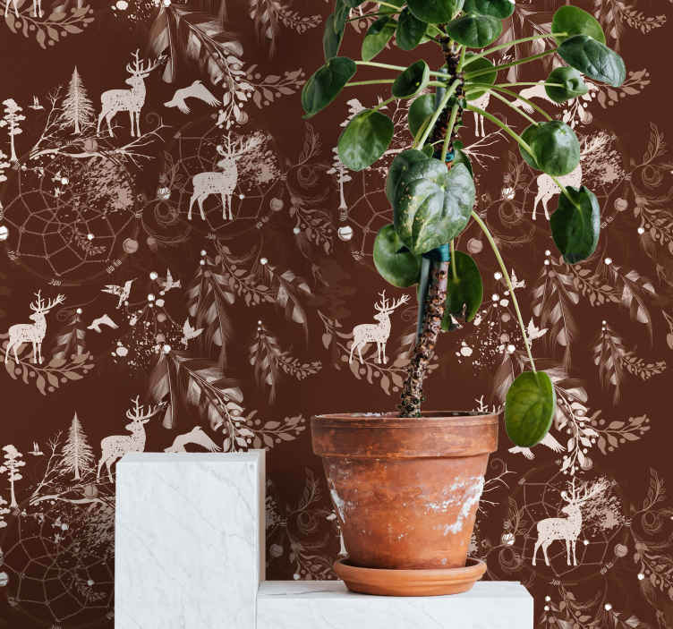 TenStickers. 装饰鹿动物壁纸. 勃艮第的颜色与鹿,树木和雪白色小打印美丽动物壁纸。冬季爱好者的理想选择!送货上门!