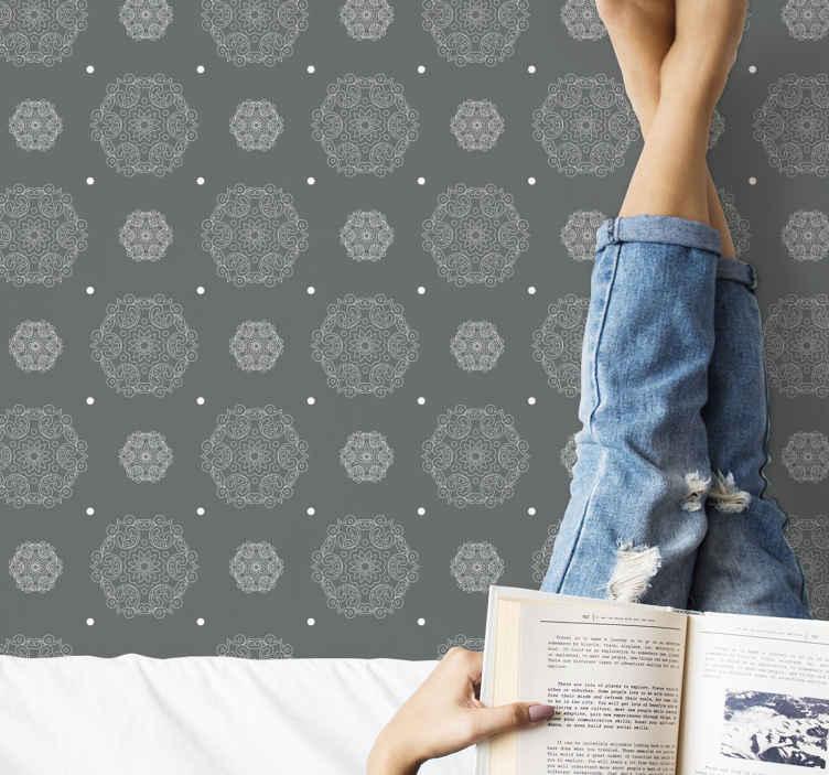 TenStickers. Abstract behang Moderne grijze mandala. Modern behang met de illustratie van mandala's in moderne grijze stijl ideaal om de uitstraling van de muren van u huis te vernieuwen. Bestel nu!