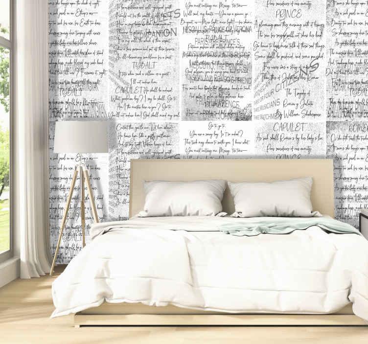 TenVinilo. Papel pintado de arte Shakespeare's Romeo y Julieta. Papel pintado de letras con la obra Romeo y Julieta de Shakespeare. Un producto estupendo para decorar las paredes de tu hogar de un modo original.