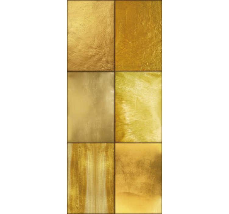 TenStickers. Carta da parati dorata del modello del basilisco. Carta da parati vintage in vinile ideale per dare nuova vita alle pareti del tuo salotto o sala da pranzo in modo super originale.
