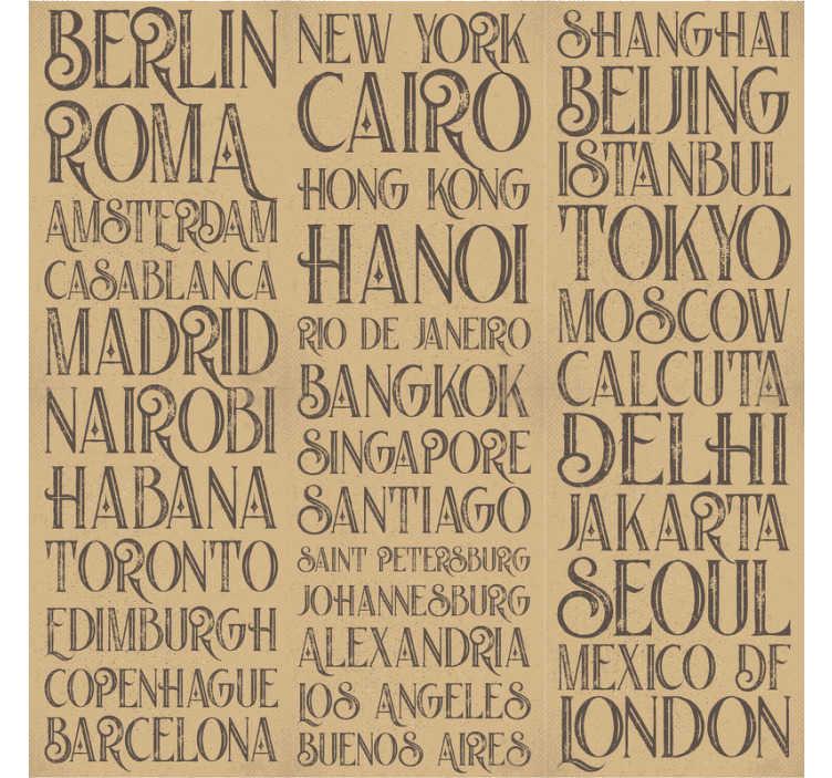 TenStickers. Carta da parati citta' del mondo. Se ti piace viaggiare e scoprire posti e citta' nuovi, allora questa carta da parati con scritte con i nomi di citta' famose e' perfetta per te!