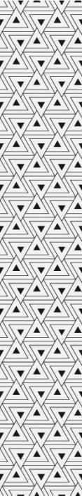 TenStickers. Carta da parati geometrica Triangoli inclinati. Carta da parati triangolo grigio sorprendente e creativo. Perfetto per l'arredamento di casa e ufficio! Ottieni il tuo ora online!