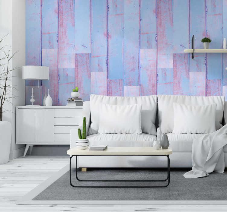 TenStickers. Behang met print in blauw met paars/roze. Dit rustiek behang zal uw huis oppimpen met een positieve draai! Het geeft een rustgevende uitstraling met de laminaat lijnen die worden laten zien.
