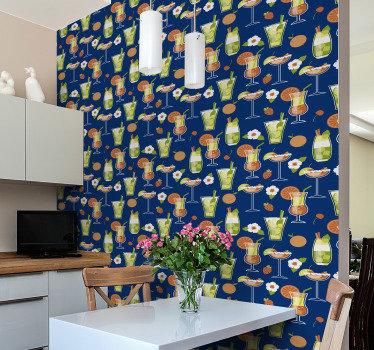Kjøkken vinyl tapet er ikke bare fantastisk dekorasjon, men også et praktisk valg. Design av et bredt utvalg av cocktailer inkludert mojitos og andre.