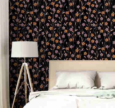 Se é um daqueles que gosta de seguir as tendências e sempre tem a casa bem decorada, este papel de parede de flores é perfeito para si.