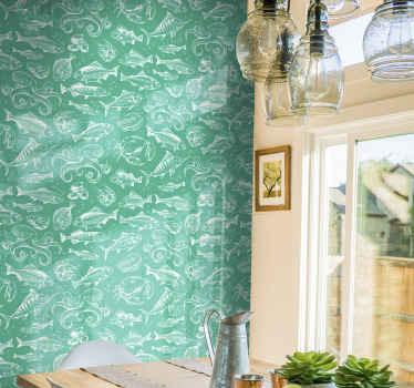 Una carta da parati verde con il design di stampe di pesci sottomarini. Questo design posizionato su una superficie della parete è tutto per creare un look sorprendente e lussuoso.