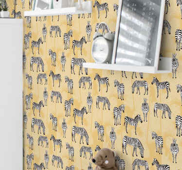 Este papel de parede estampado com zebra e palma é adequado para decorar o quarto das crianças e também pode ser decorado em outros espaços da casa.