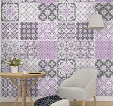 あなたのスペースのための素敵な幾何学的なタイルパターンの壁紙、これは家のあらゆるスペースを飾るのに適しており、壁に適用するのは本当に簡単です。
